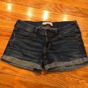 Hollister jean shorts, sz 3